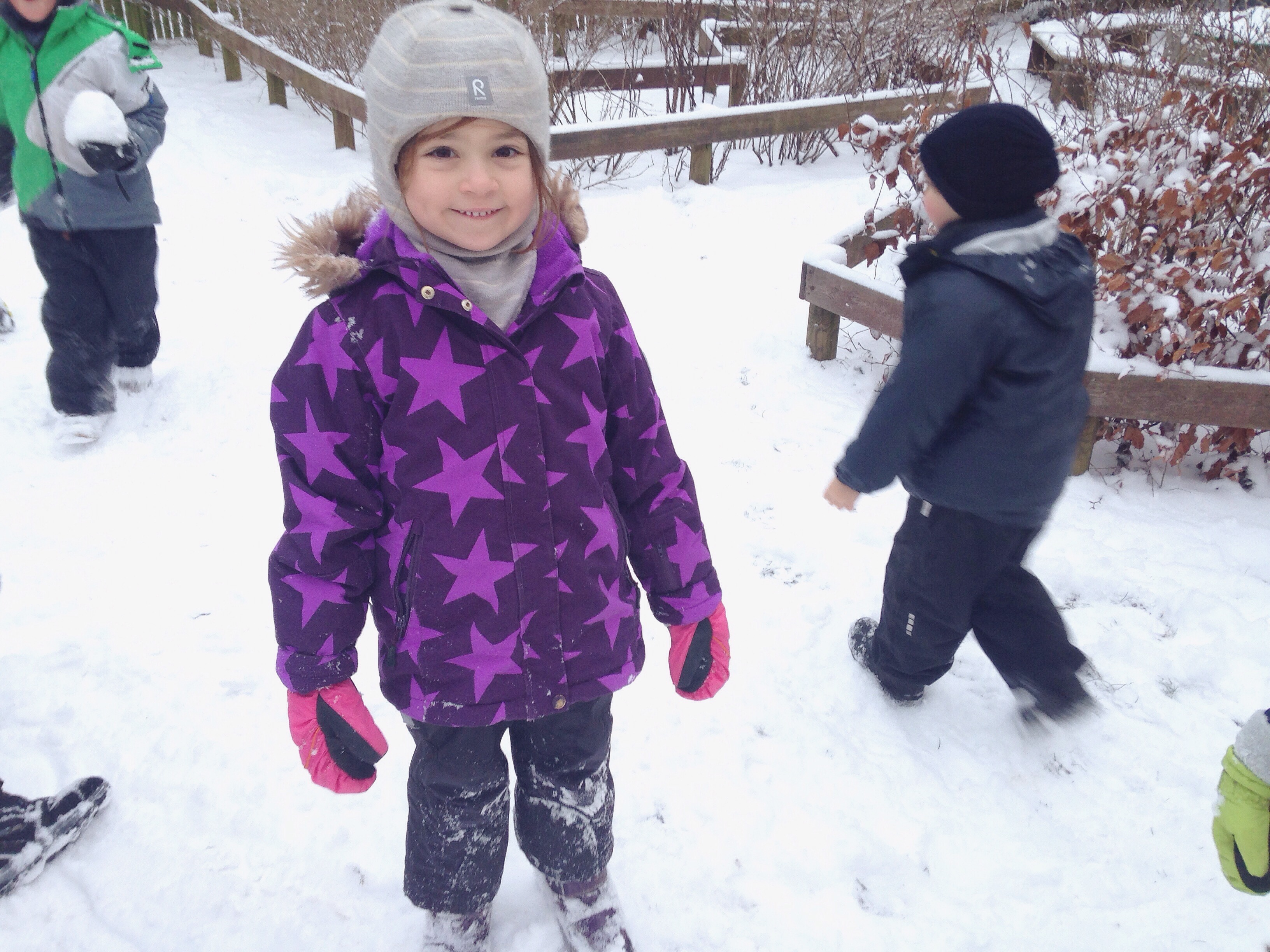Snow in Copenhagen and Denmark doesn't mean that school is cancelled - it means that schools head outside! Out and about in the snow with my daughter's forest school.